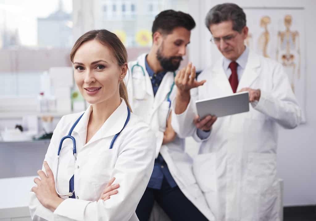 médica urologista especialista em câncer de próstata